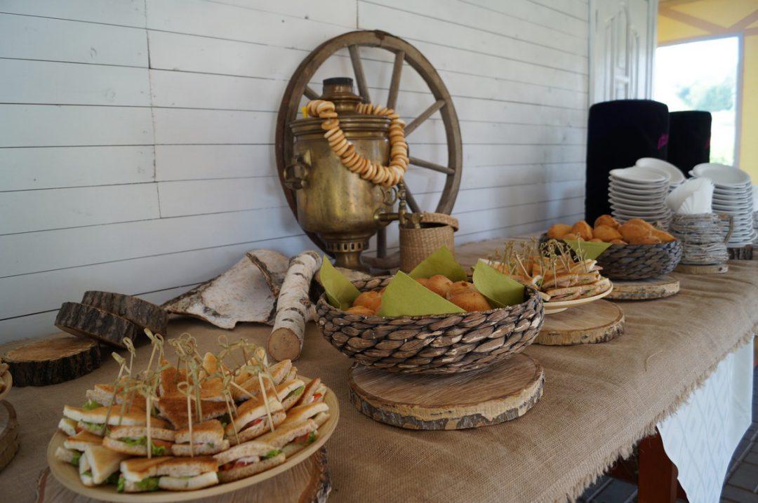 Пикник-банкет и приветственный чай по заказу Агентства Два Товарища, июль 2016