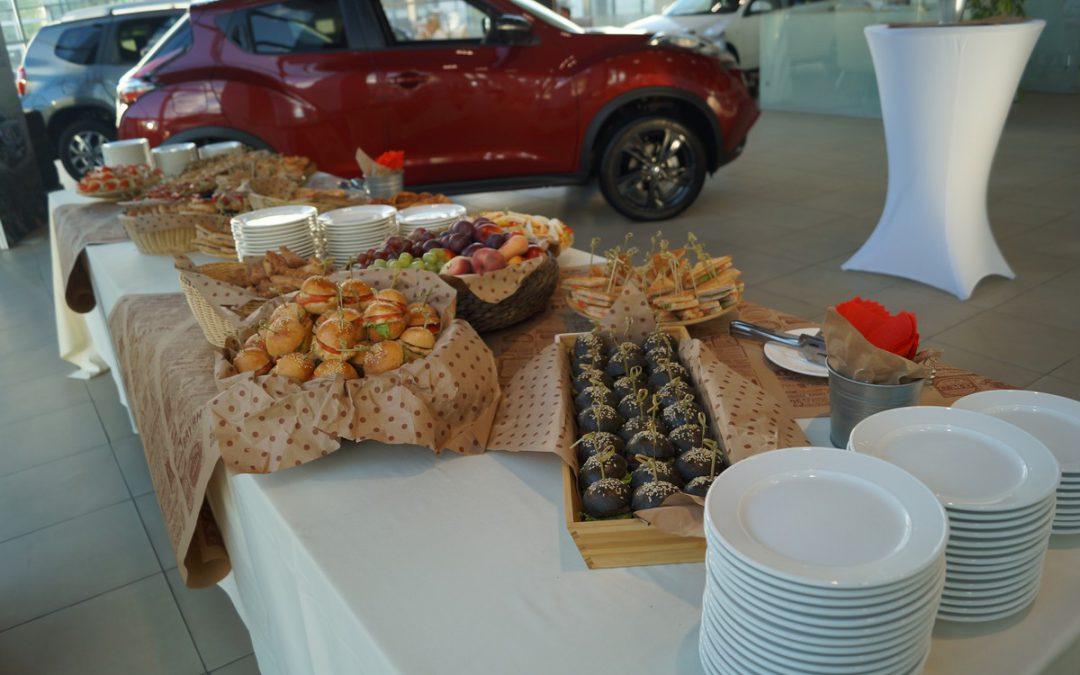 Фуршет для бренда Nissan, по заказу event-агентства Д.Миронова, август 2017