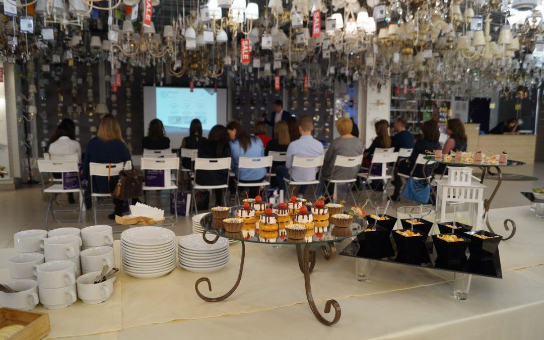 Фуршет на презентации в дизайнерском салоне света, март 2018