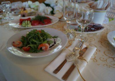 Свадебный банкет на летней веранде, июнь 2018