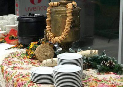 Чайный стол (кофе-брейк) в русском стиле в автосалоне, декабрь 2018