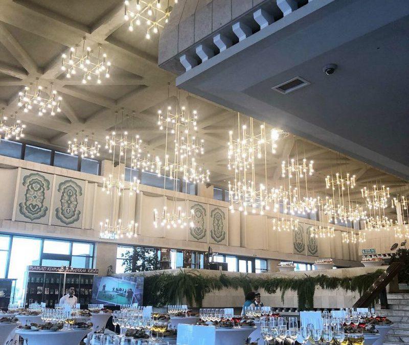 Фуршет на торжественном юбилейном вечере государственной организации, январь 2019