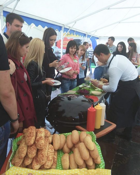 Пикник в честь Дня Строителя, 350 гостей, август 2019