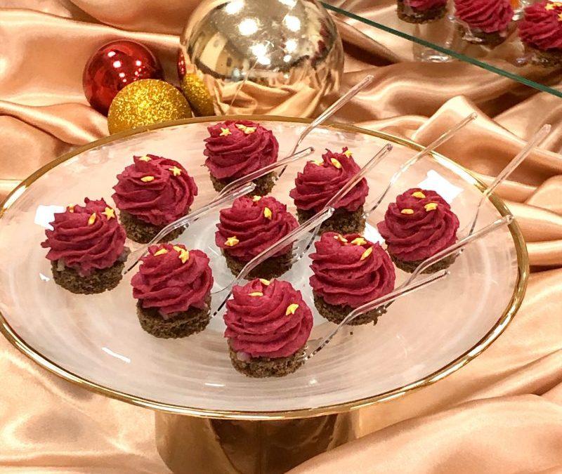 Фуршет новогодний в золотых тонах, декабрь 2019