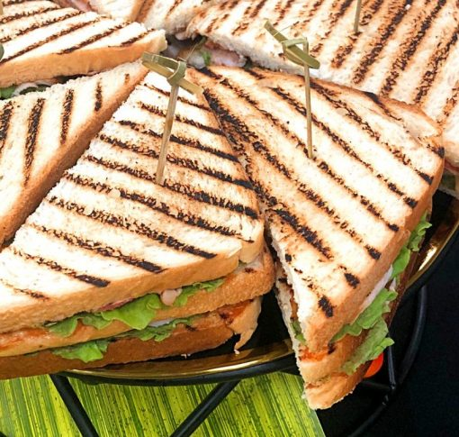 Макси-сэндвич «Цезарь» -150 гр.