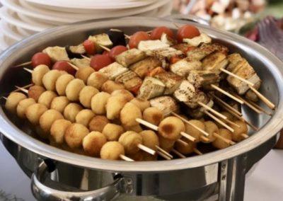 Фуршет с горячими закусками на корпоративной командной игре, сентябрь 2020