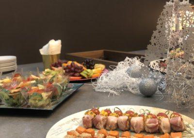 Фуршет welcome в салоне кухонь, декабрь 2020