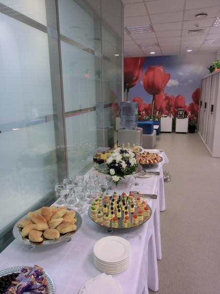 Фуршет на открытии офиса компании Philips, ноябрь 2011